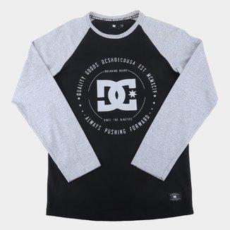 Camiseta Juvenil DC Shoes Raglan Rebuilt Manga Longa Masculina