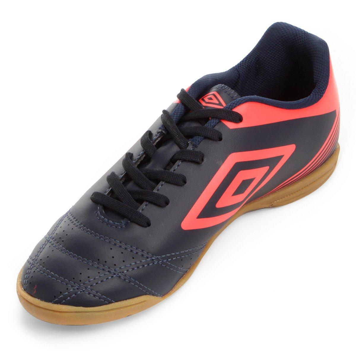 Chuteira Futsal Umbro Striker IV - Marinho - Compre Agora  bd46d21d38428